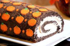 "Chocolate ""Pumpkin"" Swiss Roll Cake #SundaySupper | BigBearsWife.com"