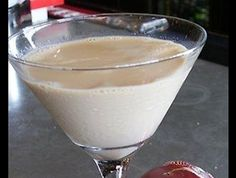 Look at this recipe - Christmas cookie cocktail - and other tasty dishes on Food Network. Dessert Drinks, Fun Drinks, Yummy Drinks, Yummy Food, Alcoholic Drinks, Beverages, Food Network Uk, Food Network Recipes, Cooking Recipes