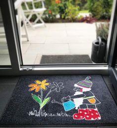 """Gefällt 52 Mal, 6 Kommentare - by Kleen-Tex (@wash_and_dry_floorfashion) auf Instagram: """"Unser Friedolin ist einfach ein begnadeter Gärtner ❤️💙! Seid Ihr das auch oder schafft Ihr sogar…"""" Terrace Garden, Kids Rugs, Instagram, Home Decor, Simple, Decoration Home, Kid Friendly Rugs, Room Decor, Terraced Garden"""