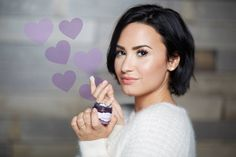 Demi Lovato can't get enough of the Moisturizing Primer, it's her new fav! Try it now and see for yourself!