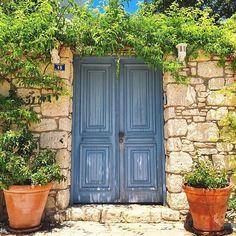 Doors of Alacati.. by sezyilmaz