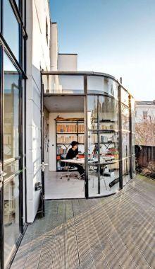(via I Could Live Here: Bauhaus In Kensington.  Sfgirlbybay)