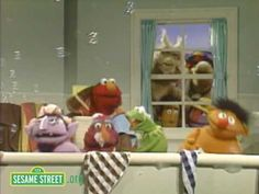 If you're watching videos with your preschooler and would like to do so in a safe, child-friendly environment, please join us at http://www.sesamestreet.org    Ernie and friends sing a bathtime song.    Sesame Street is a production of Sesame Workshop, a nonprofit educational organization which also produces Pinky Dinky Doo, The Electric Company...