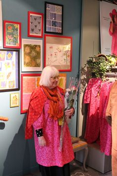 I write about my life as a textile artist/crafter. Gudrun, Swedish Fashion, Frock Dress, Advanced Style, Colourful Outfits, Slow Fashion, Sewing Clothes, Old Women, Getting Old