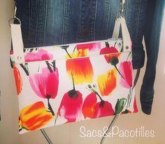 sacsetpacotilles ChaChaCha @patrons_sacotin Sac bandoulière triple compartiments.  #tulipes#sacs#accessoires#mide#faitmaim#handmade#faitenfrance#madeinfrance