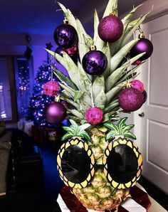 pineapple christmas tree sunglasses LIST