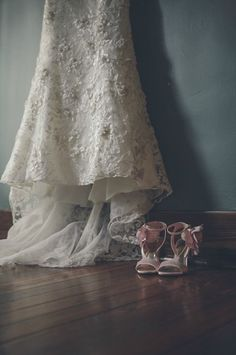 Garden Wedding Fashion   pink #bridalshoes   Perch Photography #cjsoffthesquare