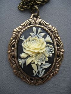 Victorian Rose Cameo Necklace