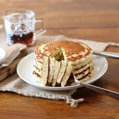 The fluffiest and most moist, delicious homemade pancakes ever!