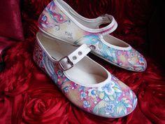 zapatillas de verano 100% algodón, pintadas a mano, fabricadas en España. num 38