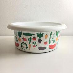 Vintage Finel arabia enamel vegetable bowl made in Finland