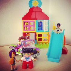 """Aktion 3 : """"Eure eigene LEGO DUPLO Geschichte""""   Die LEGO DUPLO Produkte werden von Deinem Kind dankbar in sein eigenes Spiel integriert? Klasse – lasst uns an diesen Erlebnissen teilhaben! Welche Spielideen bringt Dein Kind selbst ein? Besucht das Lieblingsstofftier den LEGO Bauernhof? Muss der LEGO Wecker neben das Kinderbett? Wir freuen uns auf Fotos und Geschichten dazu!  #legoduplo #lego #mytest #legoduplomeetslegofriends"""