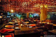 Jenja Restaurant, Bar & Club at the arcade of the TS Suites Bali offers a one-stop evening out with its distinctively designed, ultra stylish interior spread out over two floors. Located at the hotel's corner on Jalan Nakula, Jenja restaurant opens at 18:00 and presents
