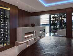 Parthenon Place Residence by Schmidt Architecture / North Vancouver, Canada