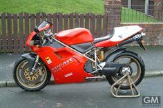 「歴史に残る最も印象的なバイク50台」「だからもっと絞れよ!」