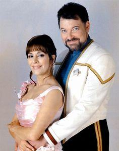 NEM: Publicity Photos - wedding nem1 - TrekCore 'Star Trek' Movie Screencap & Image Galleries Star Trek Enterprise, Star Trek Starships, Star Trek Voyager, Star Trek Characters, Star Trek Movies, Star Trek Gifts, Jonathan Frakes, Marina Sirtis, Michael Chabon