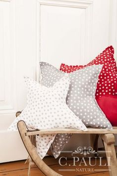 Herz und Sternenkissen selber n hen delivers online tools that help you to stay in control of your personal information and protect your online privacy. Large Pillow Cases, 20x20 Pillow Covers, Large Pillows, Baby Pillows, Decorative Pillow Covers, Kilim Pillows, Burlap Pillows, Throw Pillows, Sewing Pillows