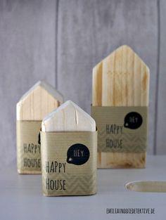 """""""Happy House"""" Family Deko Holz Häuser von Emilia und die Detektive auf DaWanda.com"""