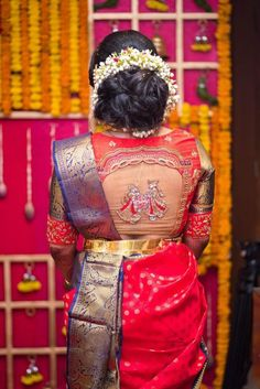 Photo of South Indian bridal blouse style with transparent back - WedMeGood - Indian Wedding Planning Website - Photo of Simple Blouse Designs, Blouse Back Neck Designs, Bridal Blouse Designs, Indian Bridal Hairstyles, Pretty Hairstyles, Wedding Hairstyles, Mary Janes, Latest Maggam Work Blouses, Blouse Designs Catalogue