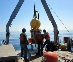 WHOI robots to measure red tide in real time Marine Conservation, House Painting, New England, Underwater, Paint Colors, Coastal, Woods Hole, Red, Robotics