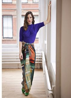 Love this Fall look y using your sarong or pareo as a skirt.