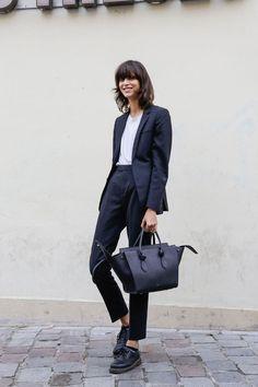 85d9321d586e Tailored..  StreetStyle  Tailored  Suit  Celine  Classic  Outfit Vêtements