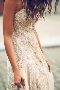 Empire State Of Mind Editorial | The LIBERTY Dress | Grace Loves Lace