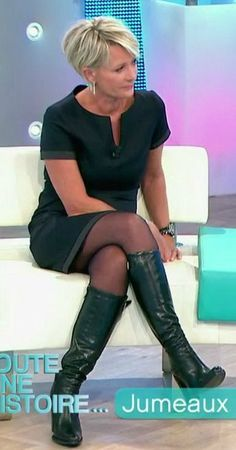 Sophie Davant sur france 2 - Les jambes, pieds et talons hauts vus à la télé et au cinema