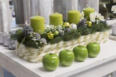 Green apples and green candles dining table decorations Lauren B. Christmas Advent Wreath, Christmas Lights, Christmas Crafts, Advent Wreaths, Christmas Shows, Christmas Time, Vintage Christmas, Christmas Centerpieces, Xmas Decorations