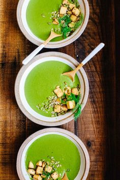 Factors You Need To Give Thought To When Selecting A Saucepan This Super Greens Soup With Fennel And Caraway, Packed With 5 Types Of Healthy Greens, Is Perfect To Cleanse And Comfort Your Body During The Colder Months Healthy Pasta Recipes, Healthy Cooking, Eat Healthy, Vegetarian Soup, Vegetarian Recipes, Rustic Food Photography, Fennel Recipes, Curry, Green Soup
