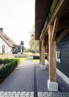 In the side of the shed as a walkway - In the side of the shed as a walkway - Contemporary Garden Rooms, Corner Garden, Walkway, Cladding, Brick, Shed, Sidewalk, New Homes, Farmhouse