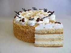 The classic Russian cream cake Hungarian Cake, Hungarian Recipes, No Bake Desserts, Dessert Recipes, Smoothie Fruit, Torte Cake, Best Cake Recipes, Sweet And Salty, Cream Cake