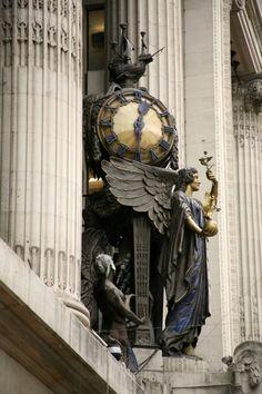 Queen of Time Clock (Gilbert Bayes, Selfridges Department Store, Oxford Street, London. London Underground, Art Deco, Art Nouveau, London City, Rio Tamesis, Marie Von Ebner Eschenbach, Angels Among Us, Antique Clocks, Vintage Clocks