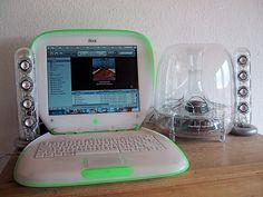 Helloween Wallpaper, Old Computers, Apple Computers, Future Gadgets, Design Social, Cute Bedroom Ideas, Retro Arcade, Apple Inc, Birthday Wishlist