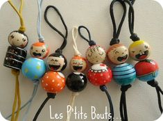 End & # cabbages, pearls and hand-painted, all painted … – Door Ideas Wood Peg Dolls, Clothespin Dolls, Diy And Crafts, Crafts For Kids, Arts And Crafts, Diy Keychain, Keychains, Kokeshi Dolls, Fairy Dolls