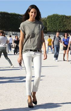 saglio.  t-shirt, skinny jeans, pointy heels.  effortless chic.  LE CATCH: April 2012