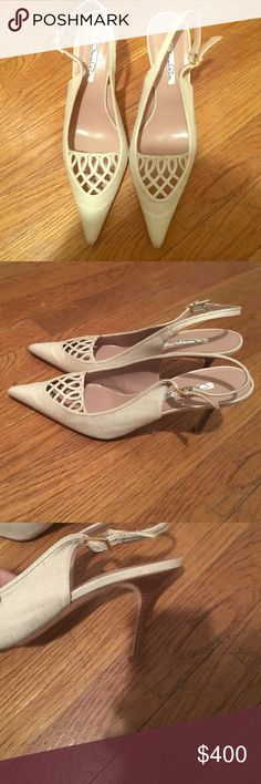 🎉HP 5/29🎉Oscar dela renta sandal heels Size 40/ worn for an hour Oscar de la Renta Shoes Heels
