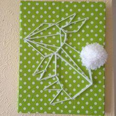 Un tableau récup avec un lapin en lain façon origami