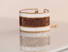 Bracelet en perles de rocaille Miyuki 11/0 marron et dorées plaquées or 14 carats, bugles blanc