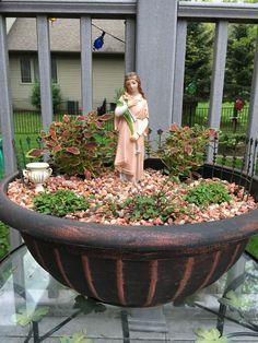 My miniature St. A saintly alternative to the popular fairy gardens. Prayer Garden, Meditation Garden, Marian Garden, Saint Philomena, Catholic Altar, Little Gardens, Garden Angels, Decks And Porches, Altars