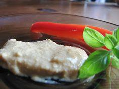 Połykaj z Surri: Ner, czyli wegański ser koloru żółtego