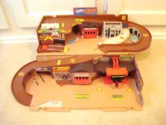 hot+wheels+city+playsets | Details about HOT WHEEL CITY VINTAGE PLAYSET - SEE PICTURE