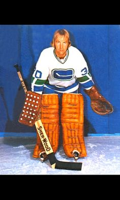 Ed Dyck, Vancouver Canucks.