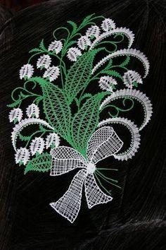 Cute Embroidery Patterns, Bobbin Lace Patterns, Embroidery Motifs, Irish Crochet, Crochet Lace, Romanian Lace, Lace Weave, Lacemaking, Point Lace