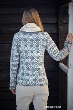 Ravelry: Delft Royal Jacket pattern by Sidsel J. Fair Isle Knitting Patterns, Fair Isle Pattern, Knitting Designs, Knitting Tutorials, Punto Fair Isle, Icelandic Sweaters, Knit Sweaters, Cardigans, Double Knitting