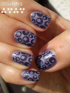 polka dots, circles, black, purple - nail design