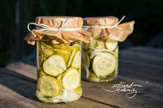 Zavařování, nakládání, sterilování | Kreativní Techniky Pickles, Cucumber, Food, Essen, Pickle, Yemek, Zucchini, Pickling, Meals