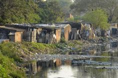 Resettlement of slums hinders flood control