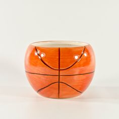 Ceramic Basketball Vase - Wholesale Flowers and Supplies. Could perhaps be used for a centrepiece or a bowl for candy or snacks. Basketball themed bar mitzvah or birthday party. Or perhaps for a sports themed baby shower Boy Baby Shower Themes, Baby Boy Shower, First Birthday Gifts Girl, 11th Birthday, Wholesale Flowers And Supplies, Wholesale Supplies, Wholesale Vases, Jordan Baby Shower, Vase Centerpieces