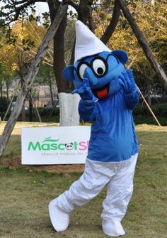 グラスをかけてるスマーフ スマーフ着ぐるみ http://www.mascotshows.jp/product/papa-smurf-mascot-adult-costume1.html